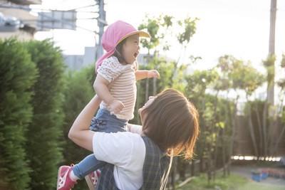 東急東横線「大倉山駅」近くの保育園 保育士【社員】(23117)のアルバイト写真