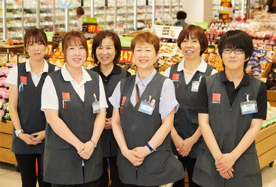 西友 鶴見店 0211 D 店舗スタッフ(12:00~19:00)のアルバイト情報