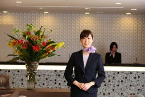 あなたの素敵な笑顔でお客様をおもてなしして下さい。