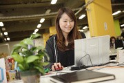 株式会社デファクトスタンダード マーケティングアシスタントのアルバイト情報