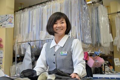 ポニークリーニング ベルク鎌ヶ谷富岡店の求人画像