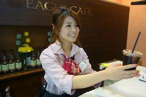 笑顔と共にコーヒーをお届け!!