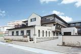 アズハイム横浜いずみ中央 介護付有料老人ホーム(契約社員)(ケアスタッフ)のアルバイト