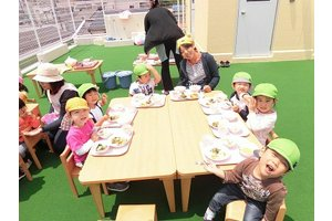 未経験OK☆子ども好きな方や料理好きの方は大歓迎!
