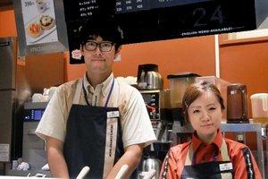 学生さん・フリーターさんが活躍中★エキナカカフェでアルバイト♪