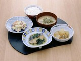 日清医療食品 飯能靖和病院(調理補助 契約社員)のアルバイト