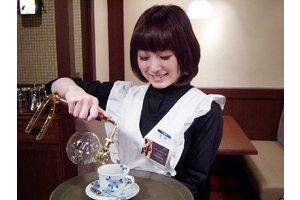 人気高級カフェ「椿屋カフェ」 でのお仕事☆
