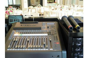 《未経験OK》結婚式を盛り上げる「音響」を操作するお仕事です!