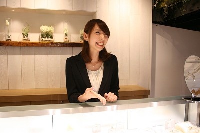 ミルフローラ アウトレットパーク小矢部店(未経験歓迎)のアルバイト情報