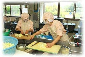 ひだまり久世(日清医療食品株式会社)・給食スタッフのアルバイト・バイト詳細