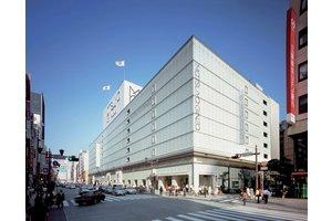 百貨店松屋グループなので、安心して働けて、とても明るい職場です。