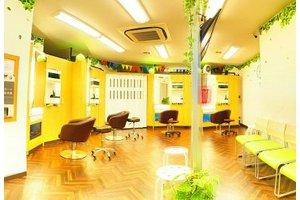 主婦(夫)理美容師のためのカット専門店<17時まで、日祝祭日休み>