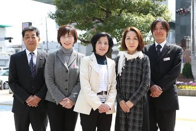 ティア 岩塚(営業)(フリーター向け)のアルバイト情報