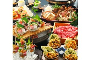 東京駅八重洲北口【八重洲かなえ】綺麗な店内.最高の御料理でお迎えします