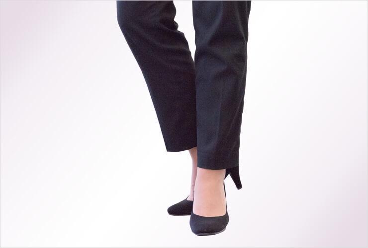 パンツスーツの裾丈